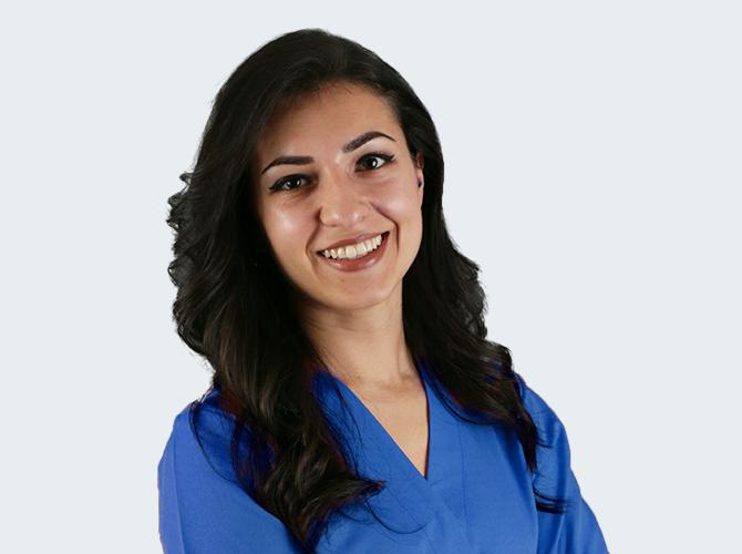 Dr.Bianca-Deliu-Medic-Dentist-Clinica-EvyDent-Stomatologie-Tineretului-Bucuresti